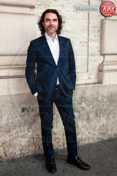 Fausto Morciano - Roma - 21-06-2018 - Riccardo Scamarcio benedice Cosimo Terlizzi con Dei