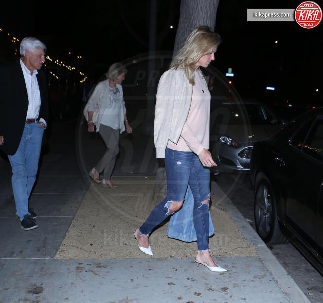 Robert A. Shookus, Lindsay Shookus, Ben Affleck - Santa Monica - 23-06-2018 - La storia si fa seria: Ben Affleck conosce i genitori di Lindsay