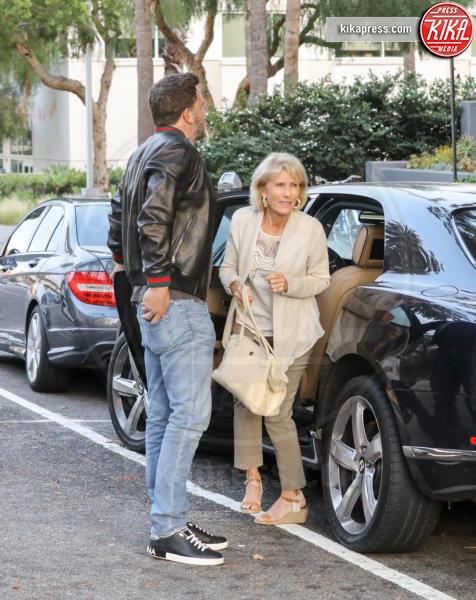 Christine N. Shookus, Ben Affleck - Santa Monica - 23-06-2018 - La storia si fa seria: Ben Affleck conosce i genitori di Lindsay