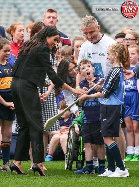 Meghan Markle - Dublino - 11-07-2018 - Meghan Markle principessa casual: pantaloni e giacca corta