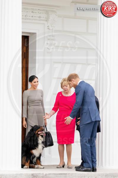 Sabina Coyne, Meghan Markle, Principe Harry - Dublino - 11-07-2018 - Meghan Markle a Dublino: l'eleganza è grigio topo