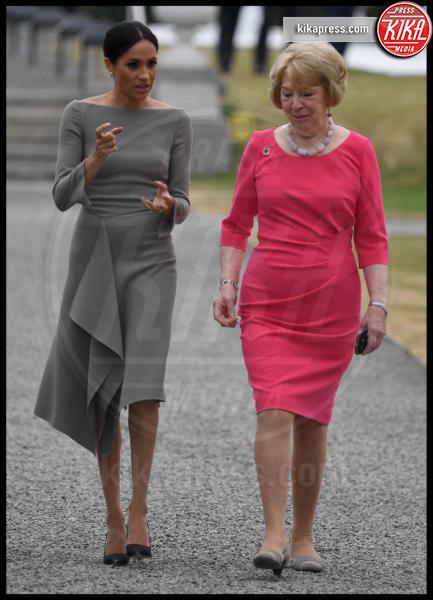 Sabina Coyne, Meghan Markle - Dublino - 11-07-2018 - Meghan Markle a Dublino: l'eleganza è grigio topo