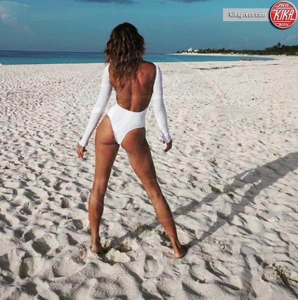 Elisabetta Canalis - Bahamas - 12-07-2018 - Estate vip 2018: Elisabetta Canalis, sex appeal a 360 gradi