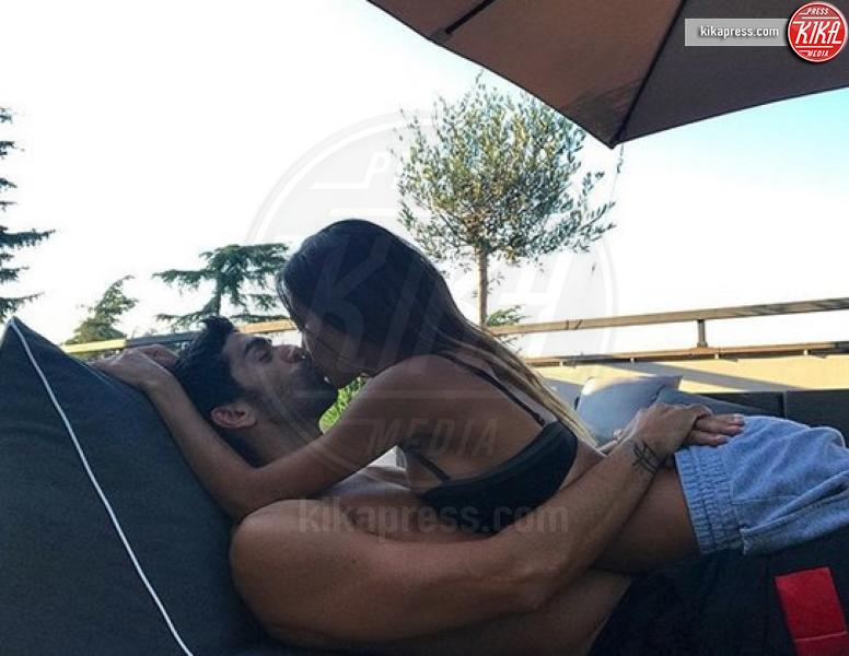 Giorgia Palmas, Filippo Magnini - Sardegna - 12-07-2018 - Estate vip 2018: Elisabetta Canalis, sex appeal a 360 gradi
