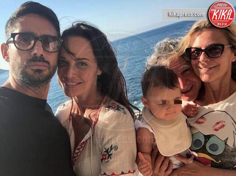 Giulia Di Pasquale, Riccardo Di Pasquale, Francesca Sodini, Roberta Giarrusso - Sardegna - 12-07-2018 - Estate vip 2018: Elisabetta Canalis, sex appeal a 360 gradi