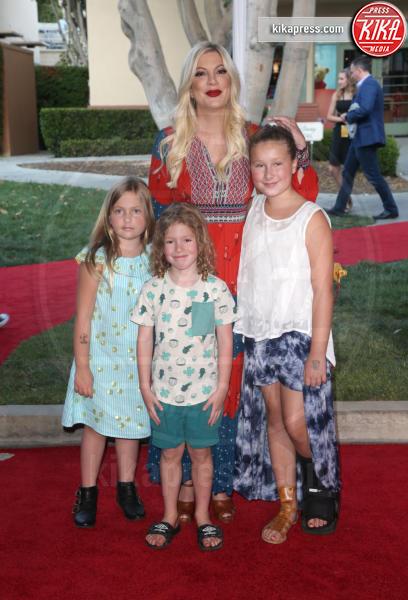 Hattie Margaret McDermott, Stella Doreen McDermott, Tori Spelling - Burbank - 31-07-2018 - Ewan McGregor: il più bello sul red carpet di Christopher Robin
