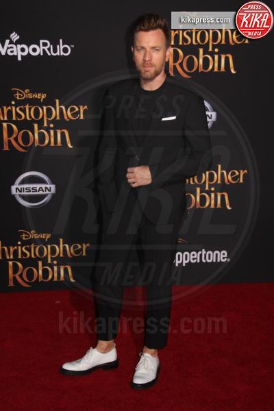 30-07-2018 - Ewan McGregor: il più bello sul red carpet di Christopher Robin
