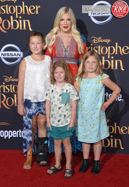 Stella McDermott, Hattie McDermott, Tori Spelling - Burbank - 30-07-2018 - Ewan McGregor: il più bello sul red carpet di Christopher Robin