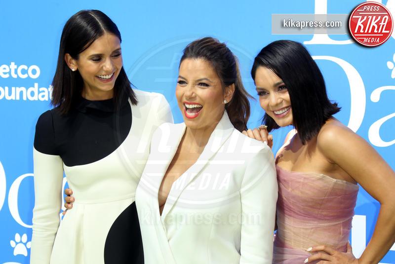 Nina Dobrev, Vanessa Hudgens, Eva Longoria - Los Angeles - 05-08-2018 - Eva Longoria neomamma: il primo red carpet dopo il parto