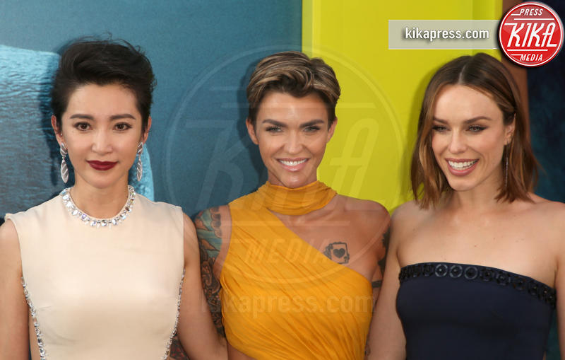 Ruby Rose, Li Bingbing, Jessica McNamee - Los Angeles - 07-08-2018 - The Meg, Statham e Huntington-Whiteley, se questa è una crisi...