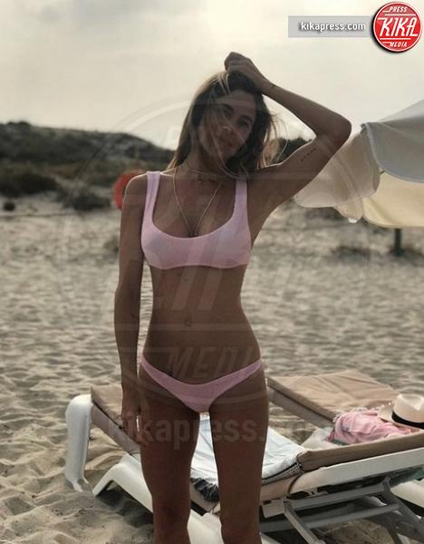 Eleonora Pedron - Ibiza - 09-08-2018 - Estate vip 2018. Bestia! Che scatto Aurora Ramazzotti
