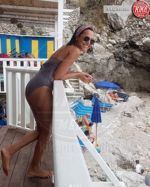 Caterina Balivo - Portofino - 09-08-2018 - Estate vip 2018. Bestia! Che scatto Aurora Ramazzotti