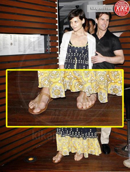 Katie Holmes, Tom Cruise - Rio de Janeiro - 31-01-2009 - Le star che non sapevate avessero assurdi difetti fisici