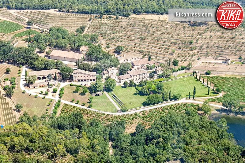 tenuta in Provenza Jolie-Pitt, Chateau Miraval - Provenza - 27-07-2018 - Jolie-Pitt, l'unica tregua è quella per la casa in Provenza