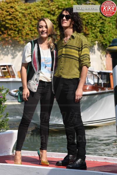 Francesco Motta, Carolina Crescentini - Venezia - 29-08-2018 - Venezia 75: Crescentini-Motta, amore al bacio in Laguna