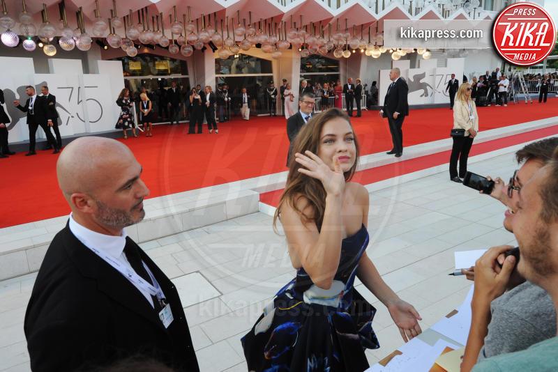 Barbara Palvin - Venezia - 29-08-2018 - Venezia 75, tutti pazzi per il Festival (e le star)