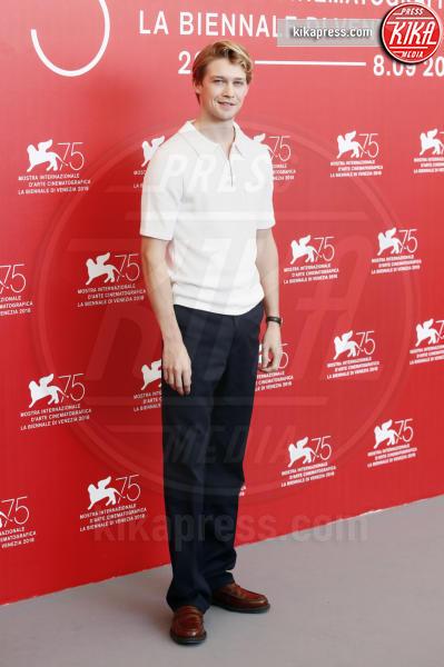 Joe Alwyn - Venezia - 30-08-2018 - Venezia 75: La Favorita? Ovvio, Emma Stone!