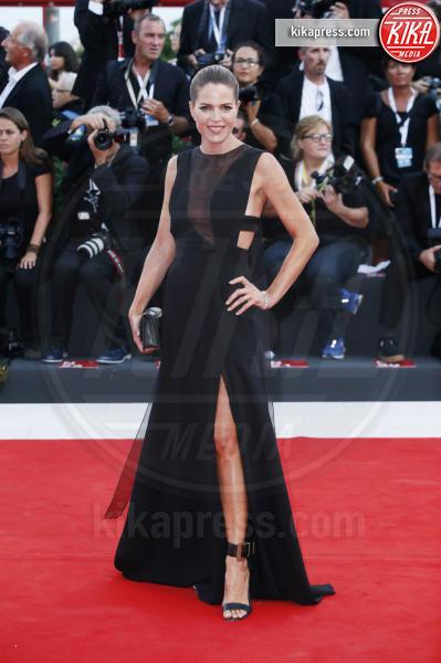 attrice, Elisabetta Pellini - Venezia - 30-08-2018 - Venezia 75: lo spacco 'spacca' sul red carpet