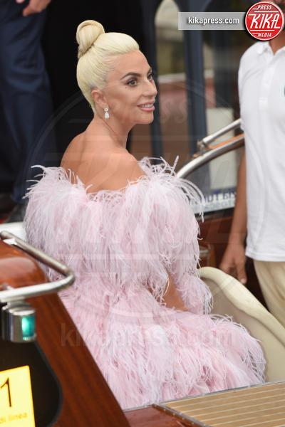 Lady Gaga - Venezia - 31-08-2018 - Lady Gaga e Kaia Gerber: chi lo indossa meglio?