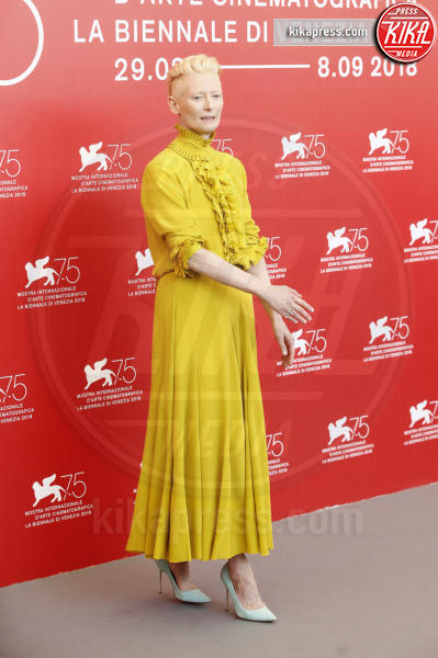 Tilda Swinton - Venezia - 01-09-2018 - Venezia 75: Dakota Johnson sceglie un look a tema col suo film