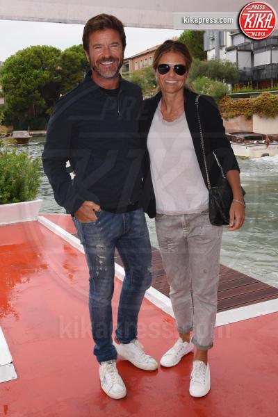 moglie, Paolo Conticini - Venezia - 07-09-2018 - Venezia 75: Sam Claflin torna al Lido, le fan sono avvisate
