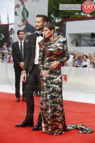 Mila Suarez, Alex Belli - Venezia - 07-09-2018 - Venezia 75: Louis Garrel, un sex symbol sul red carpet