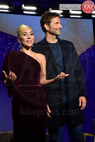 Lady Gaga, Bradley Cooper - Toronto - 09-09-2018 - Bella Thorne , per il compleanno un must: il velluto!