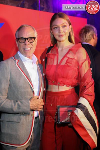 Gigi Hadid, Tommy Hilfiger - New York - 11-09-2018 - NYFW: TommyXLewis Hamilton, ma la star è Gigi Hadid!