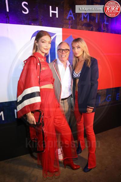 Ginny Hilfiger, Gigi Hadid, Tommy Hilfiger - New York - 11-09-2018 - NYFW: TommyXLewis Hamilton, ma la star è Gigi Hadid!
