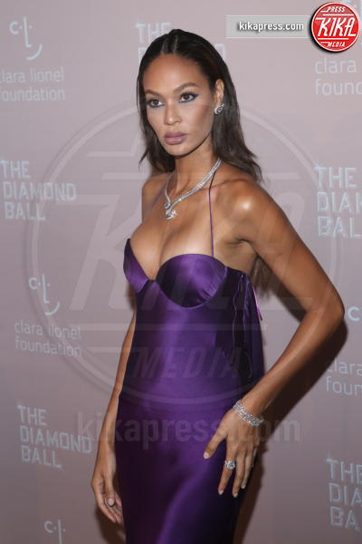 Joan Smalls - New York - 14-09-2018 - Rihanna, sposa fascinosa e stravagante al Diamond Ball