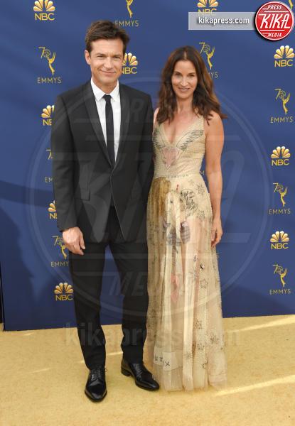 Amanda Anka, Jason Bateman - Los Angeles - 17-09-2018 - Emmy 2018: le coppie sul tappeto dorato