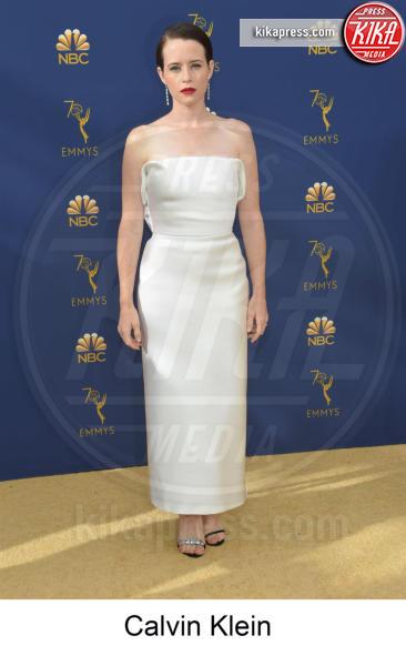 Claire Foy - Los Angeles - 17-09-2018 - Emmy 2018, gli stilisti sul tappeto dorato