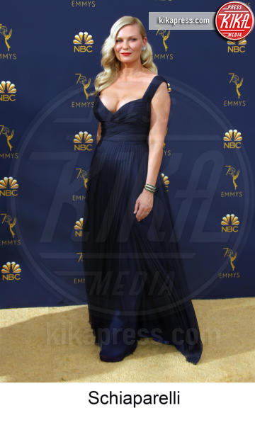 Kirsten Dunst - Emmy 2018, gli stilisti sul tappeto dorato