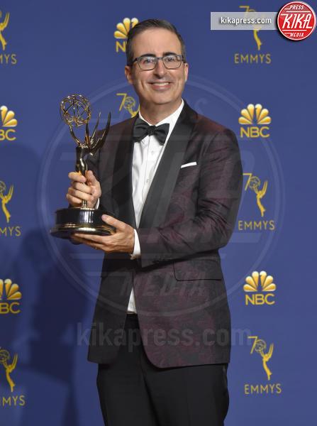 John Oliver - Los Angeles - 18-09-2018 - Emmy 2018: trionfa La fantastica signora Maisel