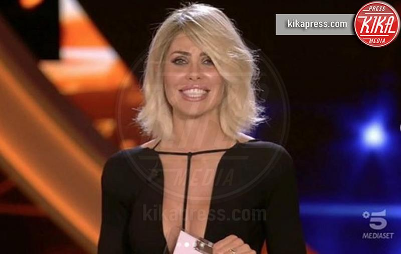 Ilary Blasi - Roma - 25-09-2018 - Ilary Blasi fa ironia su Fabrizio Corona, che miaccia il GF Vip