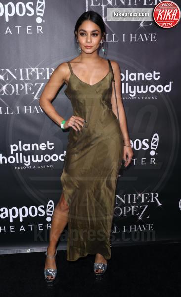 Vanessa Hudgens - Las Vegas - 30-09-2018 - J Lo e Alex Rodriguez con le figlie sul red carpet di All I Have