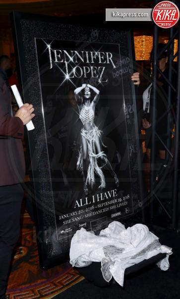 Atmosphere - Las Vegas - 30-09-2018 - J Lo e Alex Rodriguez con le figlie sul red carpet di All I Have