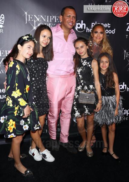 Ella Alexander, Emme Anthony, Natasha Alexander, Alex Rodriguez, Jennifer Lopez - Las Vegas - 30-09-2018 - J Lo e Alex Rodriguez con le figlie sul red carpet di All I Have
