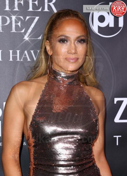 Jennifer Lopez - Las Vegas - 30-09-2018 - J Lo e Alex Rodriguez con le figlie sul red carpet di All I Have
