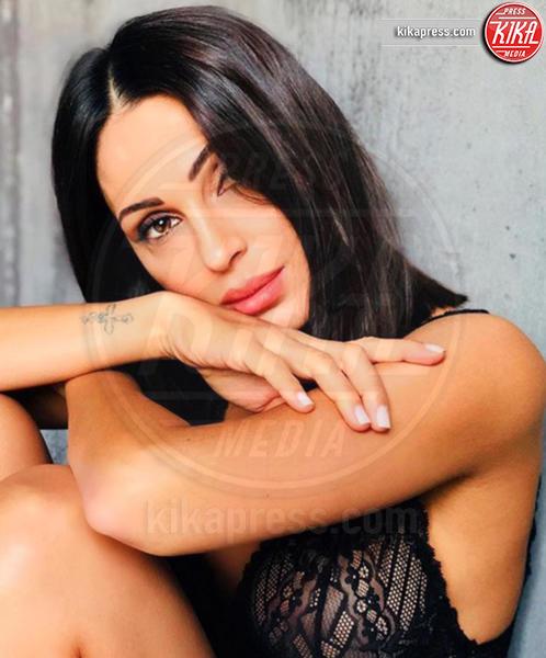 Anna Tatangelo - 02-10-2018 - Gigi D'Alessio, stai attento! Anna ha un amore segreto