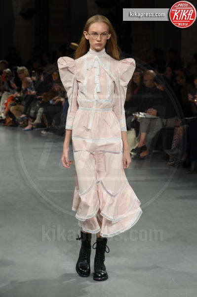 Sfilata John Galliano - Parigi - 30-09-2018 - Paris Fashion Week: la sfilata di John Galliano