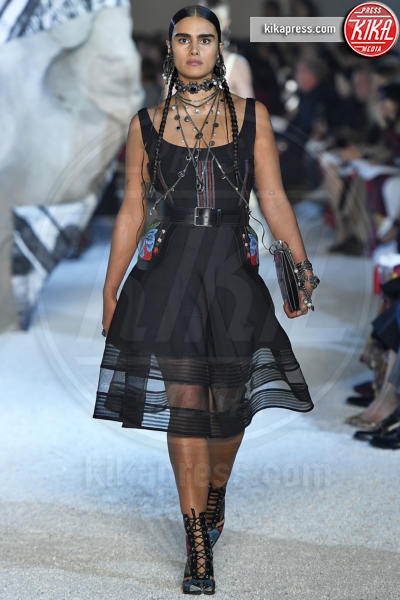 Jill Megan, Sfilata Alexander McQueen - Parigi - 01-10-2018 - Paris Fashion Week: la Metamorphosis di Alexander McQueen