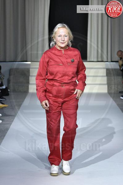 Sfilata Agnes B, Agnès B. - Parigi - 01-10-2018 - Paris Fashion Week: la sposa di Agnes B è rosa!