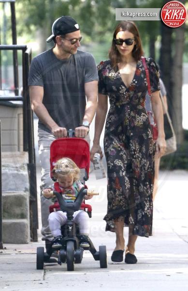 Lea De Seine Shayk Cooper, Irina Shayk, Bradley Cooper - New York - 04-10-2018 - David Gandy è diventato papà: ora anche lui è un DILF...