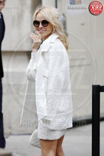 Pamela Anderson - Parigi - 02-10-2018 - Pamela Anderson a Verissimo, tra nozze, Metoo e Julian Assange