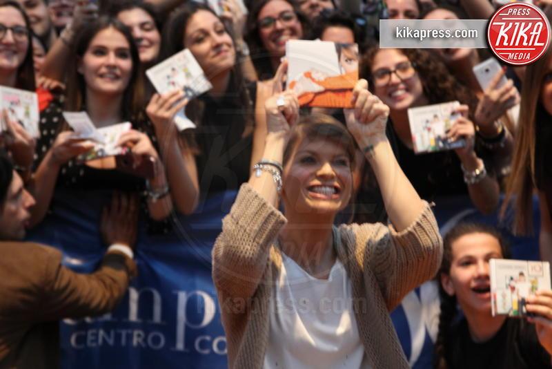 Alessandra Amoroso - Marcianise (Ce) - 10-10-2018 - Alessandra Amoroso, l'incontro coi fan è da 10