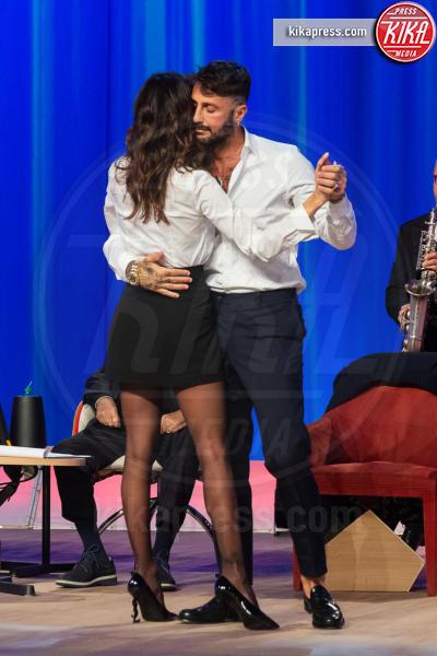 Fabrizio Corona, Belen Rodriguez - Roma - 23-10-2018 - Asia Argento bacia Corona: