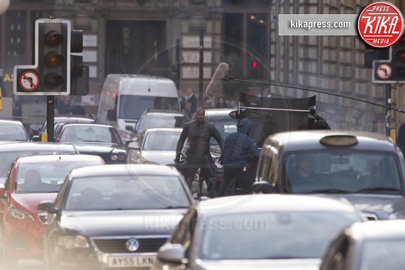 Atmosphere - Glasgow - 26-10-2018 - Un uomo vestito da soldato semina panico a Glasgow