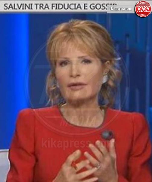 Lilli Gruber - 08-11-2018 - Barbara D'Urso provoca Matteo Salvini: