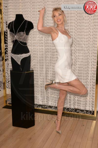 Elsa Hosk - New York - 05-11-2018 - Victoria's Secret Fantasy Bra: i reggiseni più costosi